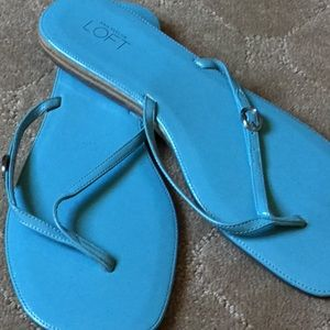 Anne Klein Teal Thong sandals size 9